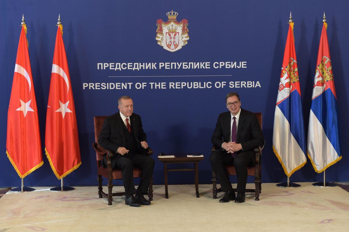 Вучић разговарао са Ердоганом о регионалним и глобалним питањима