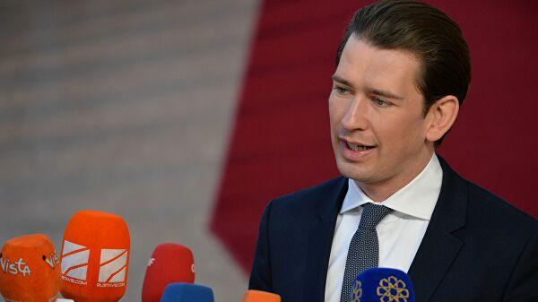Курц: Нећемо се више ослањати на ЕУ за вакцине