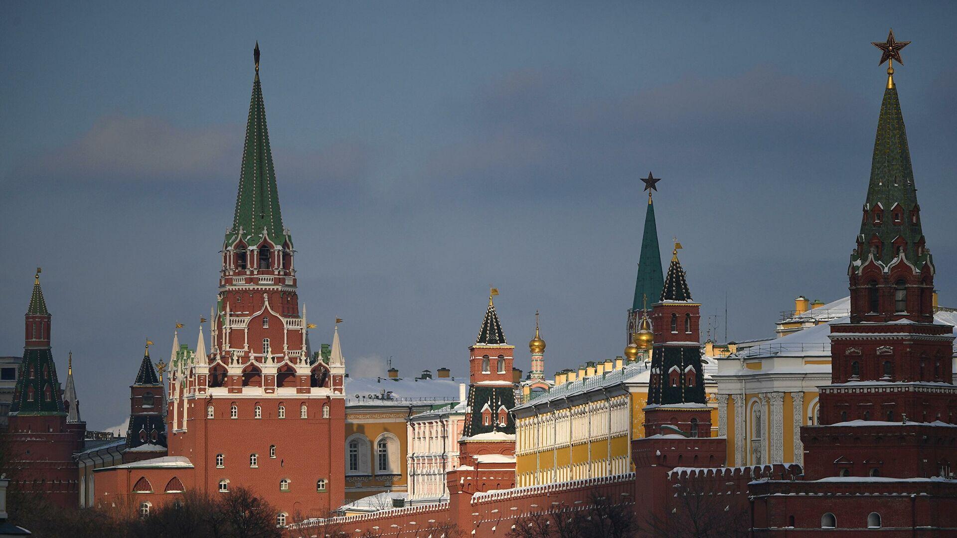 """Блумберг: САД и Британија припремају додатне санкције против Русије због """"кршења забране употребе хемијског оружја"""""""