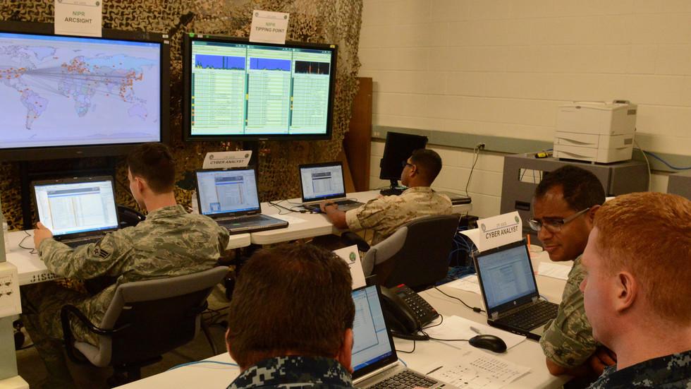 """РТ: Бајден припрема покретање серије """"тајних"""" сајбер напада против Русије - Њујорк тајмс"""