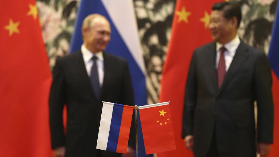 """РТ: Русија и Кина морају сарађивати у борби против """"политичког вируса"""" у облику """"обојених револуција"""" које подржава запад - Пекинг"""