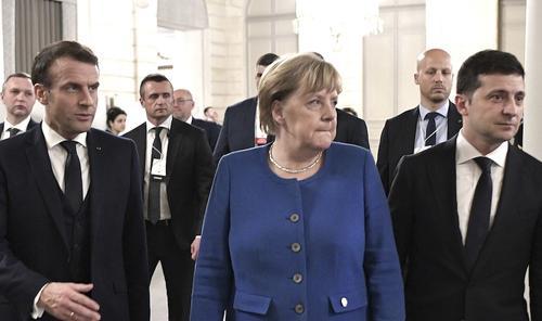 "Меркелова, Макрон и Зеленски ""забринути због пораста руског војног присуства на незаконито анектираном Криму"""