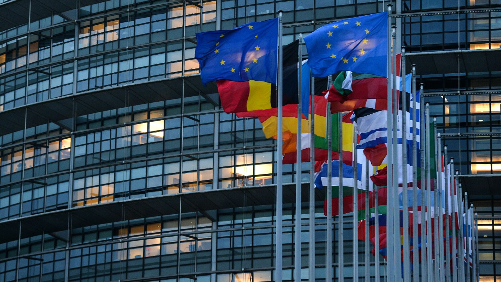 Evropski parlament pozvao zemlje EU da proteraju ruske diplomate