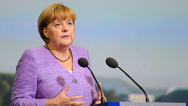 Меркелова: Промена снага у свету велики изазов због понекад врло агресивног понашања Русије