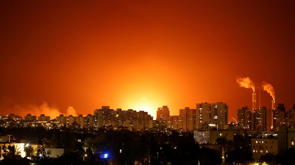 """RT: Izaslanik UN-a za Bliski istok upozorava na """"rat punih razmera"""" u Gazi, dok diplomate tvrde da SAD zadržavaju saopštenje Saveta bezbednosti"""