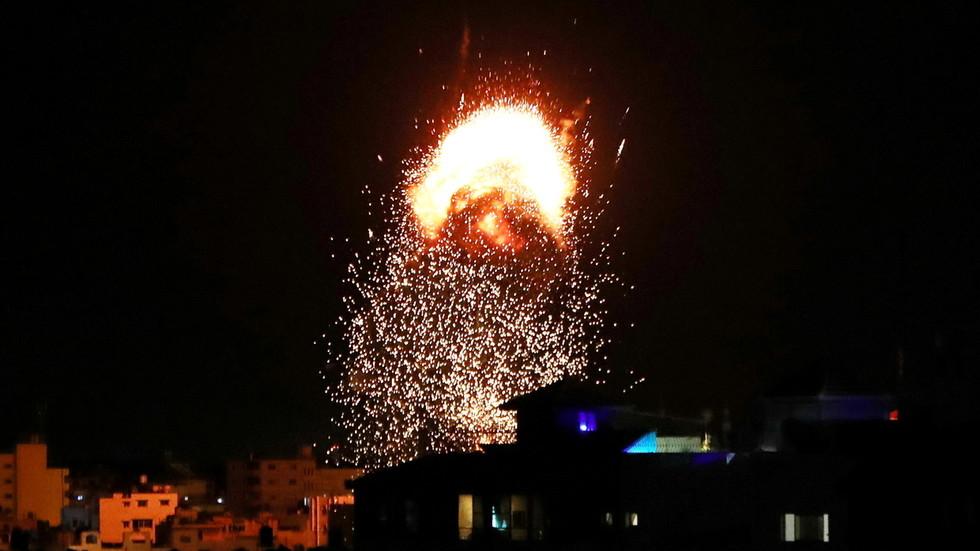 РТ: Настављени напади на Газу док се Тел Авив захвалио Бајденовој администрацији на блокирању изјаве СБ УН-а која позива на прекид ватре