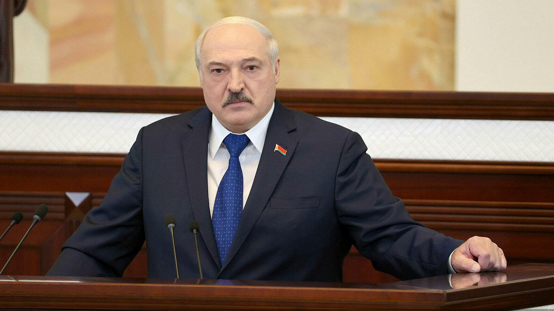 Лукашенко: Оштро ћемо реаговати на било какве санкције, нападе и провокације