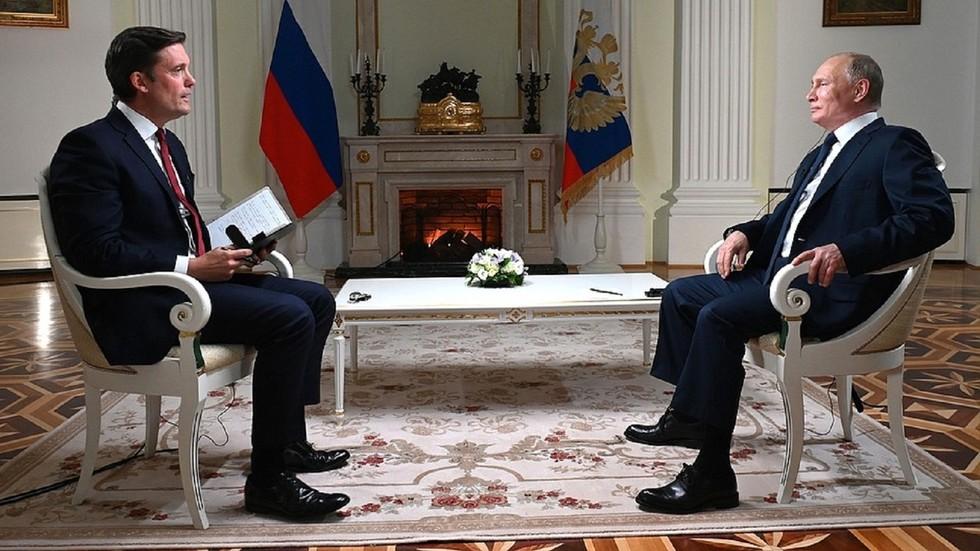 РТ: Амерички унилатерализам и интервенције покрећу глобалну нестабилност, а не руске акције, наводи Путин уочи самита са Бајденом