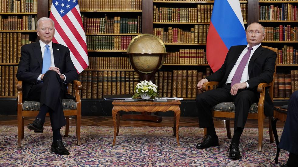 РТ: Почео самит Русије и САД у Женеви, док дневни ред укључује Украјину, Сирију, хаковање и климу