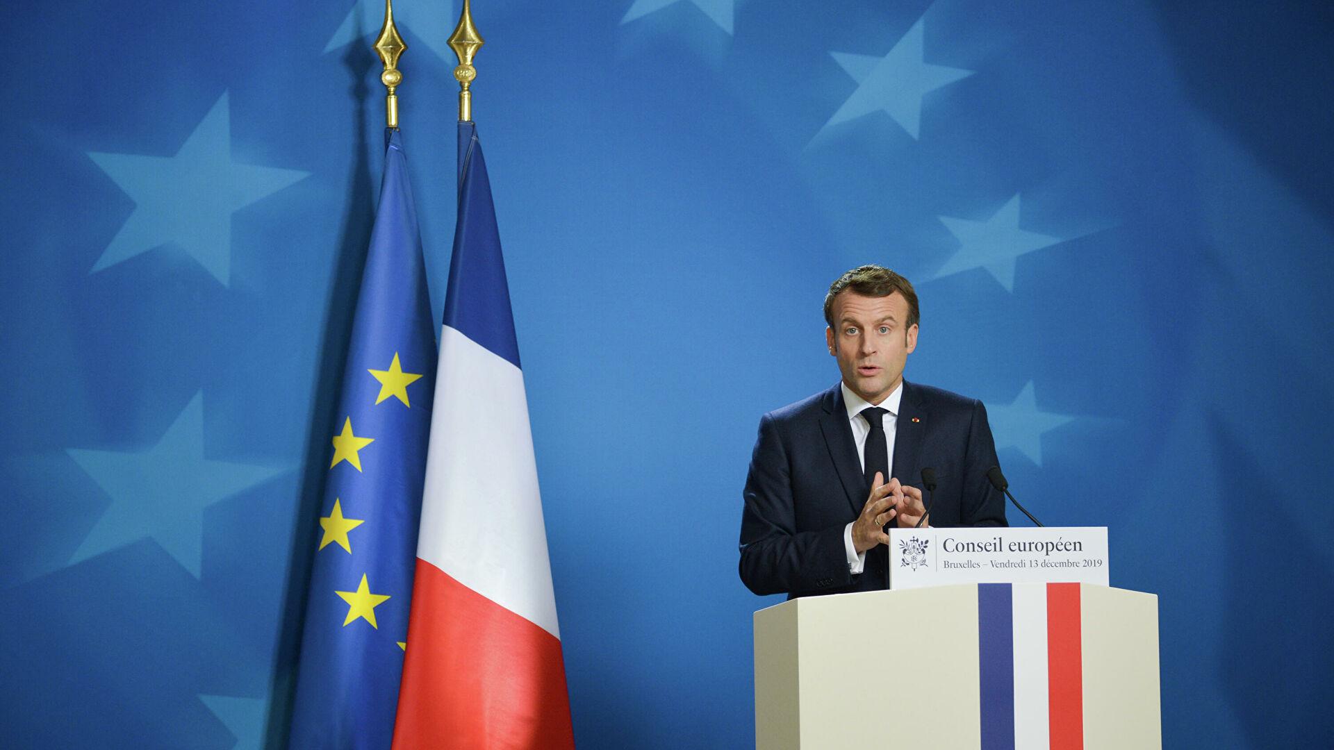 Макрон: ЕУ треба да изради заједничка правила о односима са Русијом