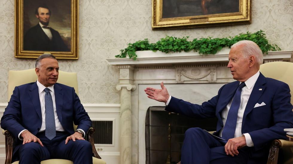 """РТ: Бајден саопштио да ће америчка """"борбена мисија"""" у Ираку бити окончана до краја године, не наводећи колико ће снага остати у земљи"""