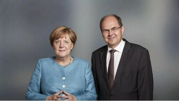 """Меркелова обећала пуну подршку Шмиту као новом """"високом представнику"""" за БиХ"""