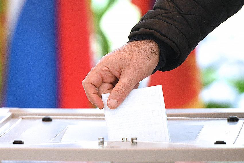 Izbori u Srbiji 3. ili 17. aprila 2022. godine