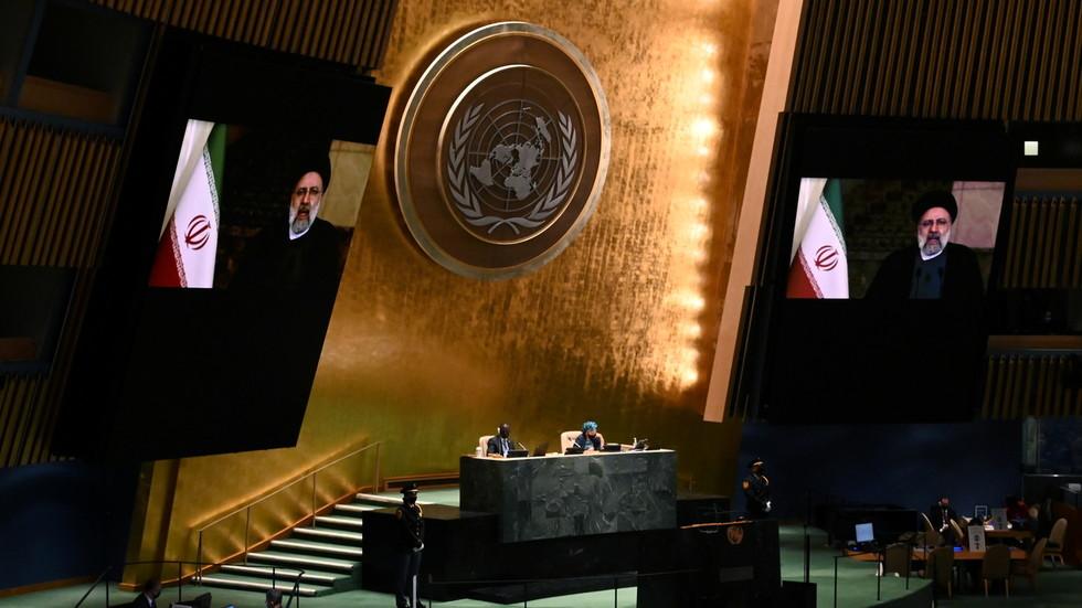 РТ: Хегемонија САД бедно пропала, а санкције су злочин против човечности - ирански председник у оштром обраћању у УН-у