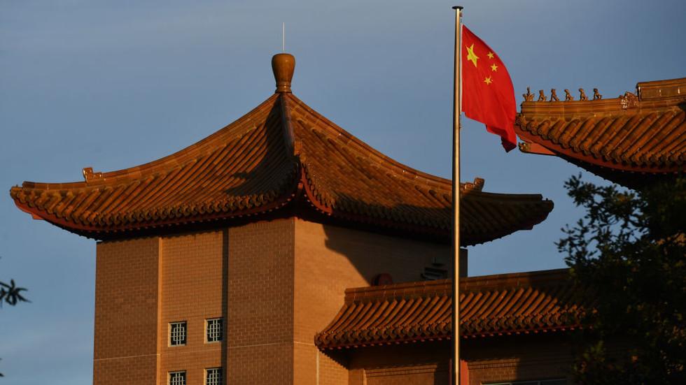 """РТ: """"Ужасан и сулуд наступ"""": Кинеска амбасада оштро осудила посету бившег аустралијског премијера Тајвану"""
