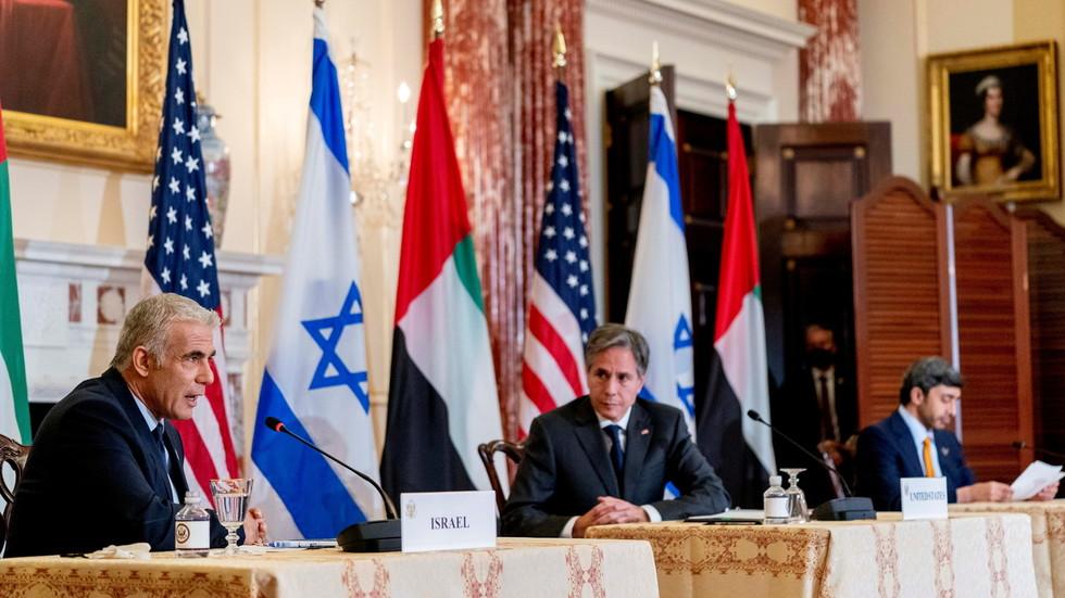 """РТ: Израел тврди да има """"право"""" да нападне Иран """"у било ком тренутку"""" како би га спречио да направи нуклеарну бомбу"""