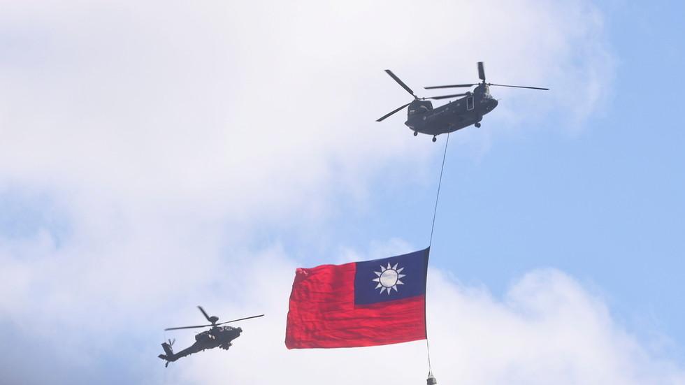 РТ: Кина неће правити компромис у вези са кључним интересима, наводи Пекинг, након што је Бајден саопштио да су САД посвећене одбрани Тајвана