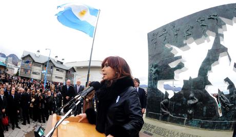 Аргентина тражи од Британије преговоре о Фокландским острвима