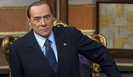 Берлусконија критикују због похвале Мусолинија