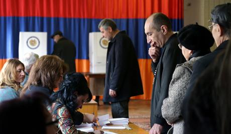 Садашњи председник Јерменије победио на изборима