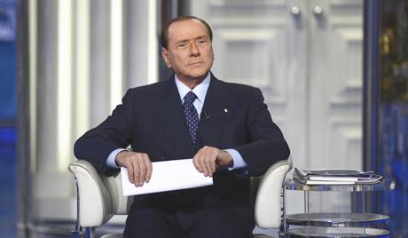 Берлускони води прљаву предизборну игру