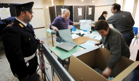 Данас парламентарни избори у Италији
