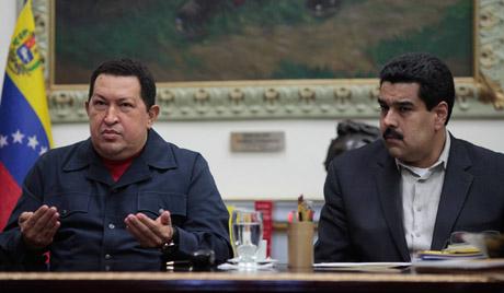 Уго Чавез и даље управља земљом