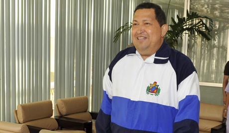 Влада Венецуеле: гласине о критичном стању Чавеза су смешне