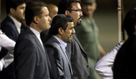 Ирански религиозни активиста оптужио Ахмадинеџада за јерес
