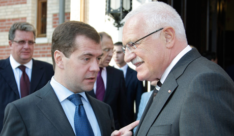 Дмитриј Медведев се састао с бившим председником Чешке
