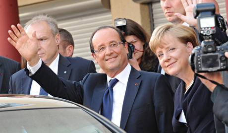 Франсоа Оланд и година усамљености Ангеле Меркел