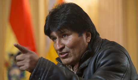 Авион председника Боливије принудно слетео у Беч због Сноудена