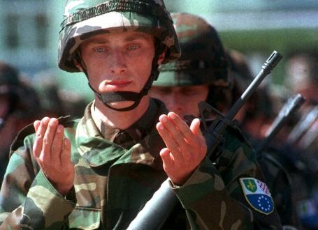 Да ли је војска Босне и Херцеговине зрела за укидање?