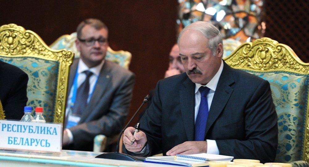 Лукашенко поручио ЕУ да одустане од критике засноване на двоструким аршинима