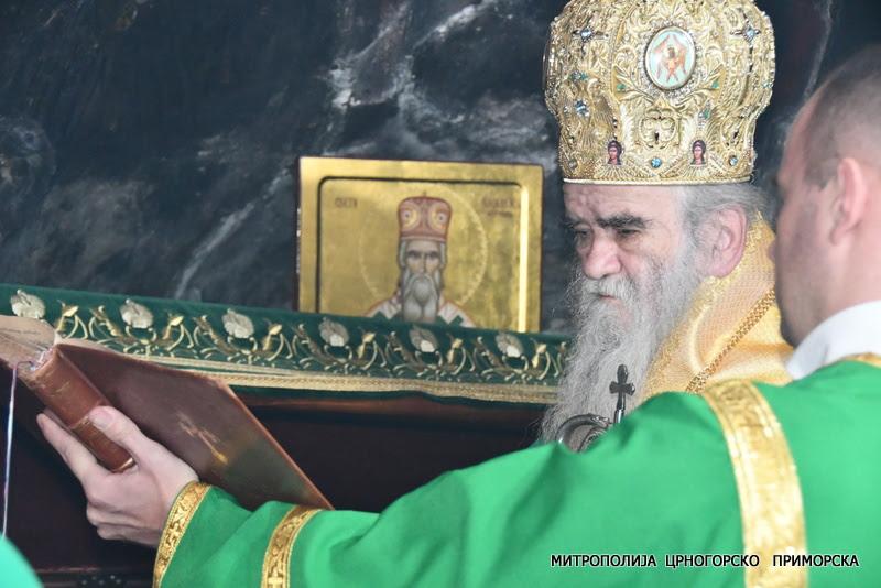 Митрополит Амфилохије: Нова власт да помогне исцјељење народа и земље од братоубиства и богоубиства