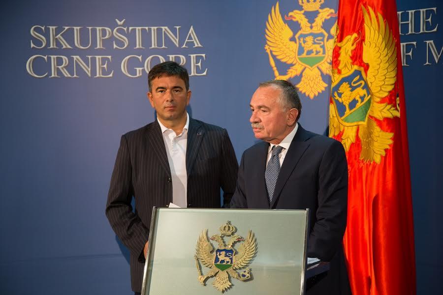 Bošnjak: Funkciju ministra odbrane najbolje bi obavljao Medojević, a nauke Radulović