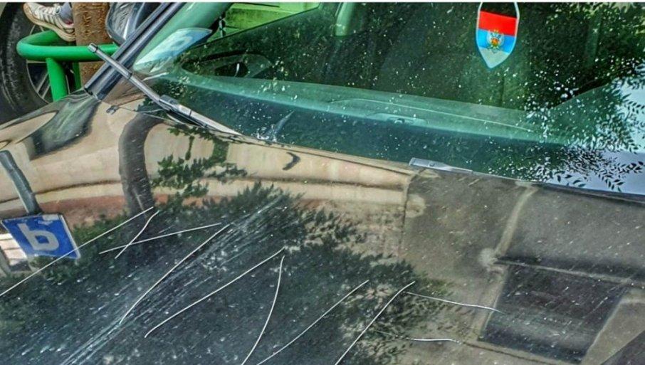 Аутомобил Владислава Дајковића уништен на Теразијама - Нападачи упозоравају да је ово само почетак