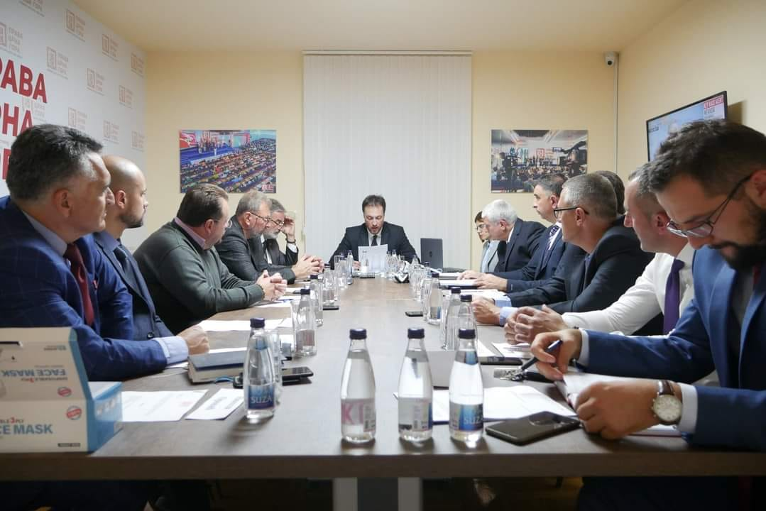 Права Црна Гора подржала предлог мандатара Здравка Кривокапића за састав Владе Црне Горе