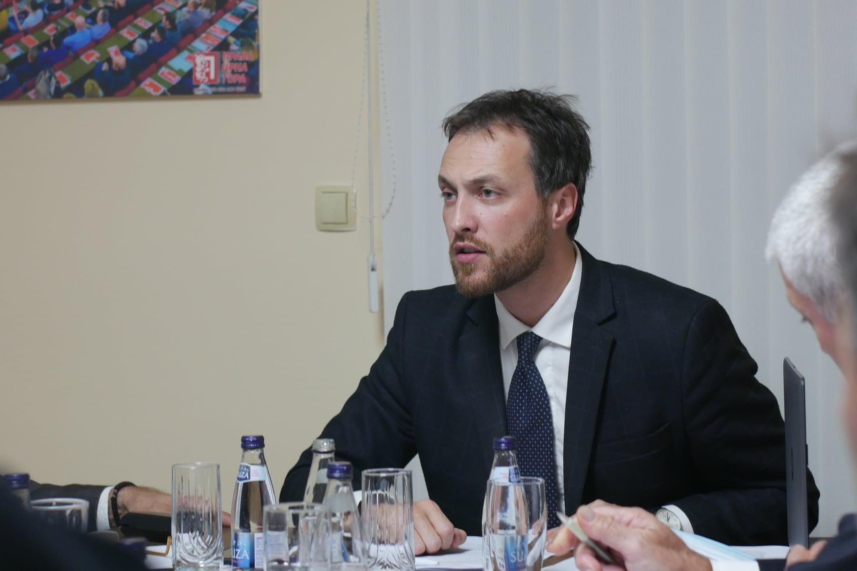 Милачић: У овом тренутку неприхватљиво је унапријед ограничавати трајање мандата Владе