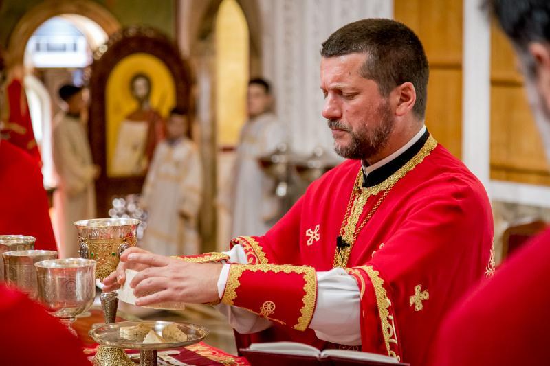 Отац Гојко Перовић: Треба да се вратимо Цркви, светињи, Јеванђељу