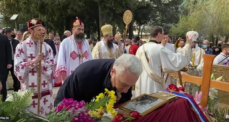 Делегација Владе Црне Горе присуствовала сахрани епископа Атанасија у Требињу