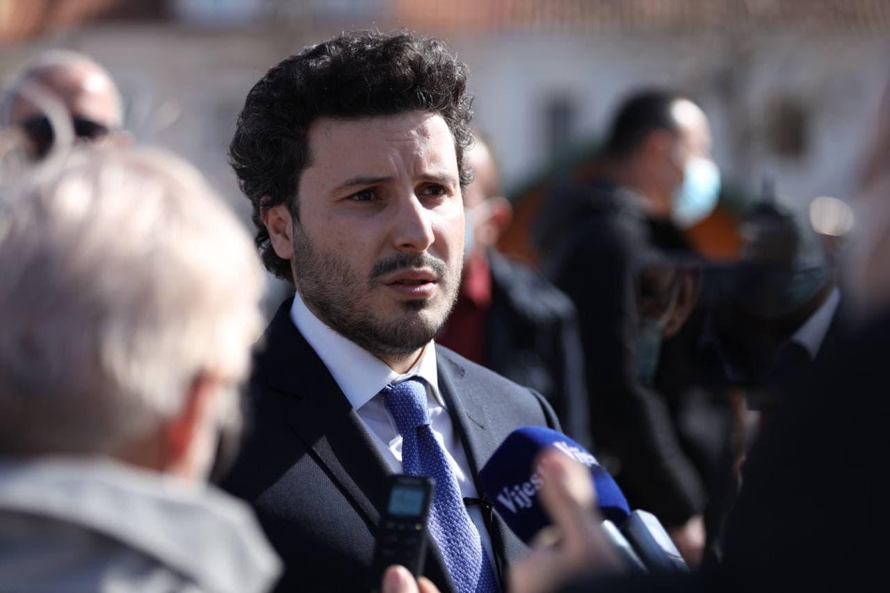 Абазовић: На Закон о слободи вероисповести стављена тачка