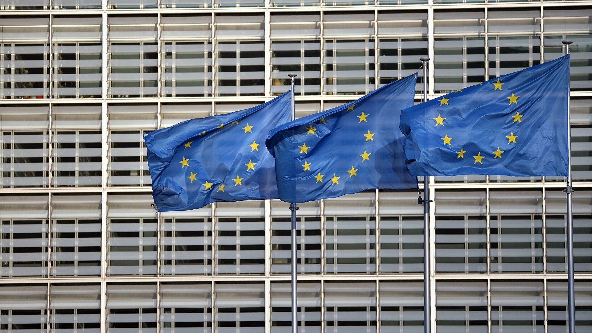 ЕУ: Осуђујемо и одбацујемо свако негирање и релативизовање геноцида