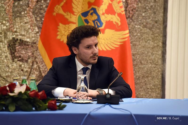 Полиција Црне Горе: Сазнања указују на активности усмјерене на угрожавање живота потпредсједника Владе