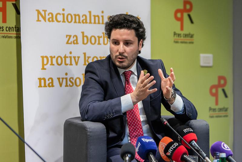 Абазовић: Уговор са СПЦ најбоље потписати након избора митрополита