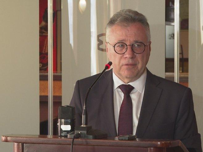 Калабухов: Дошло време за затварање ОХР-а