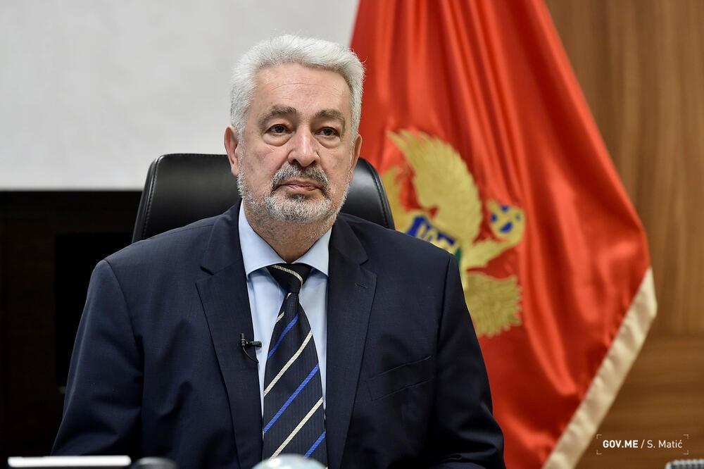 """""""Неприхватљиво уплитање иностраног фактора у решавање унутрашњих питања која се тичу државе Црне Горе"""""""