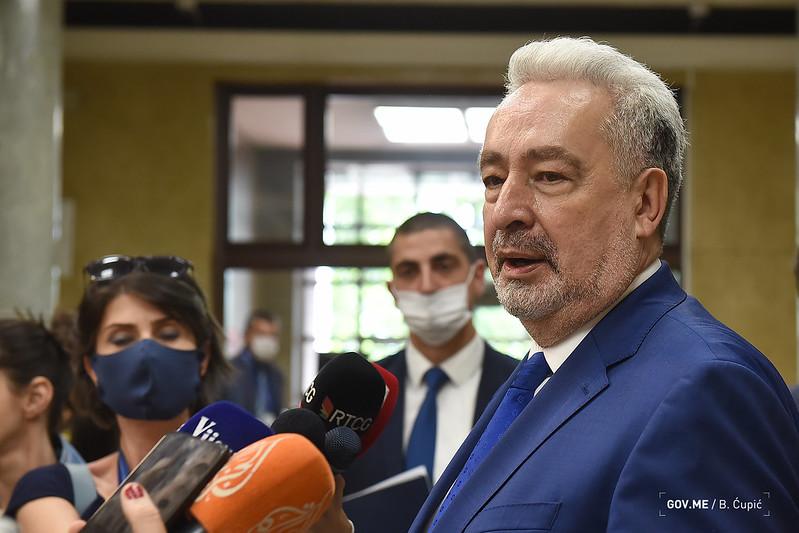 Кривокапић: Усвојена Резолуција о Сребреници непотребна