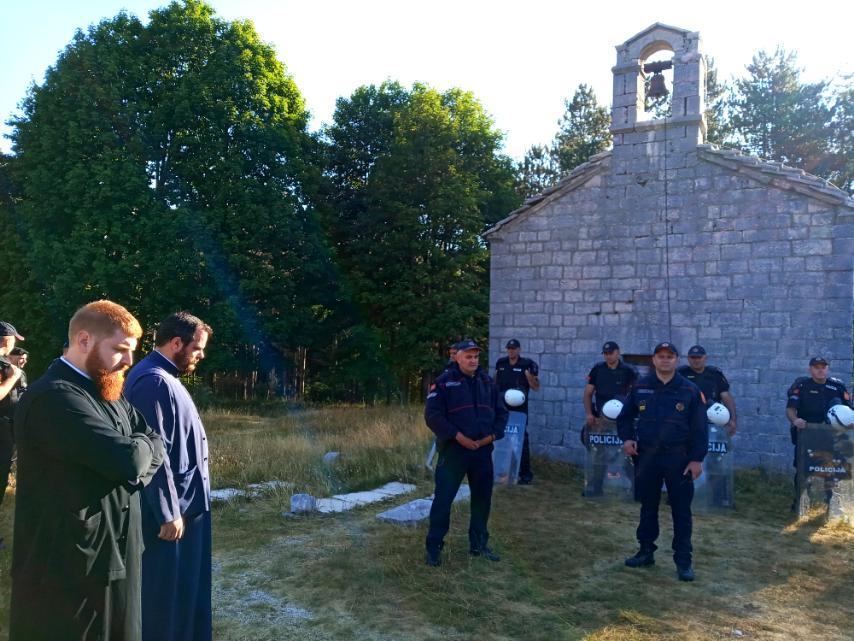 Митрополија црногорско-приморска: И ове године онемогућена служба у цркви Преображења Господњег на Ивановим коритима