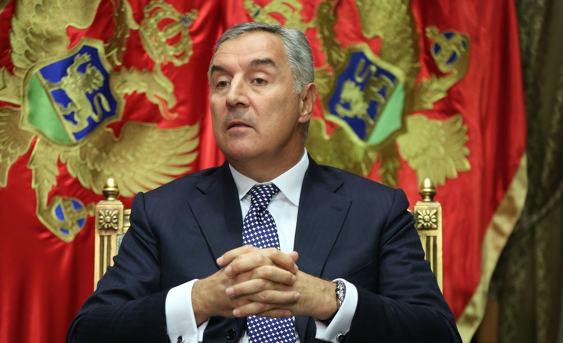 Ђукановић: Влада све своjе резерве укључујући и боjне отрове ставила на располагање цркви Србиjе да покори Цетиње и Црну Гору